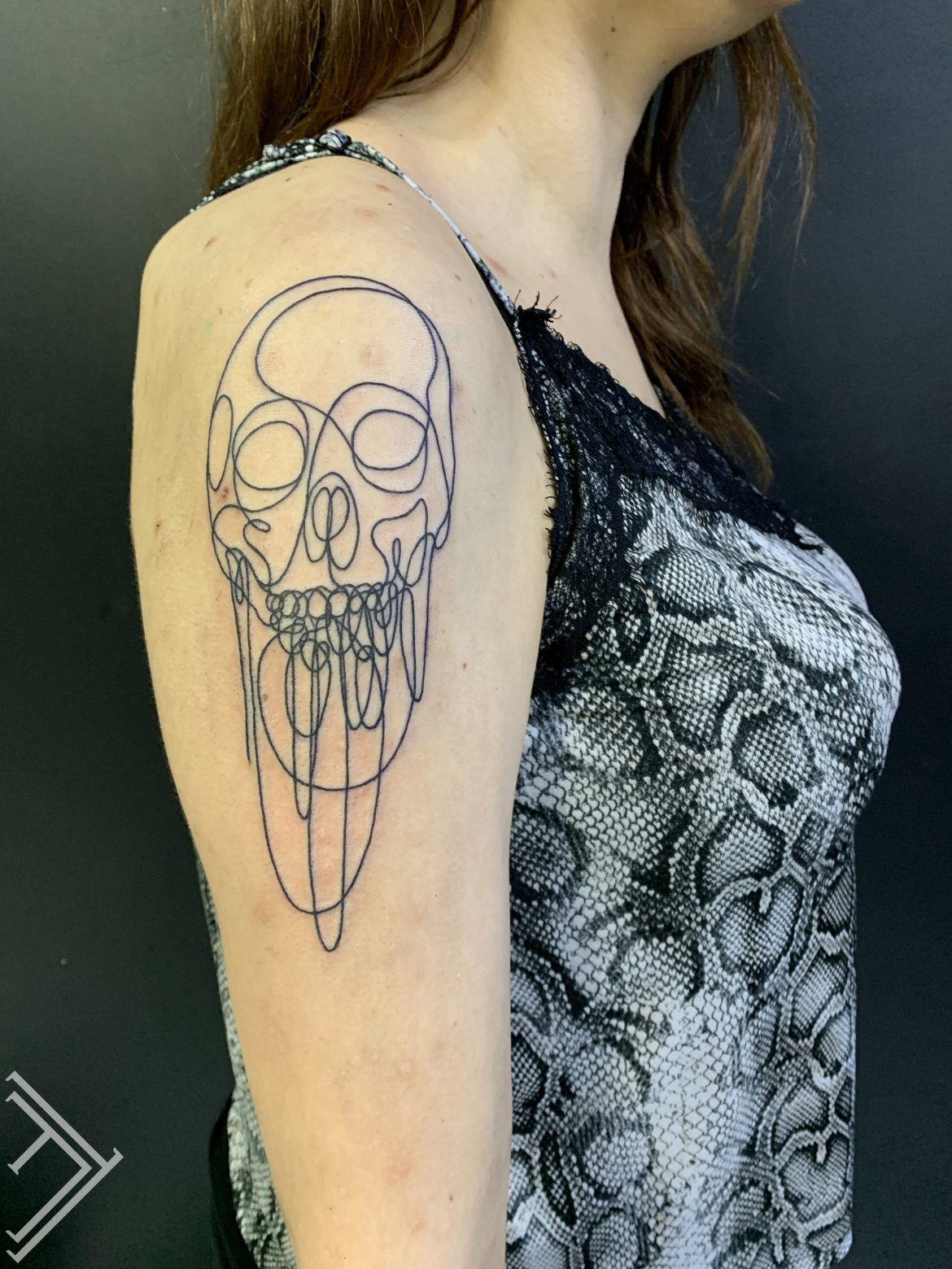 outline-skull-tattoo-tattoofrequency-dmitryrazin