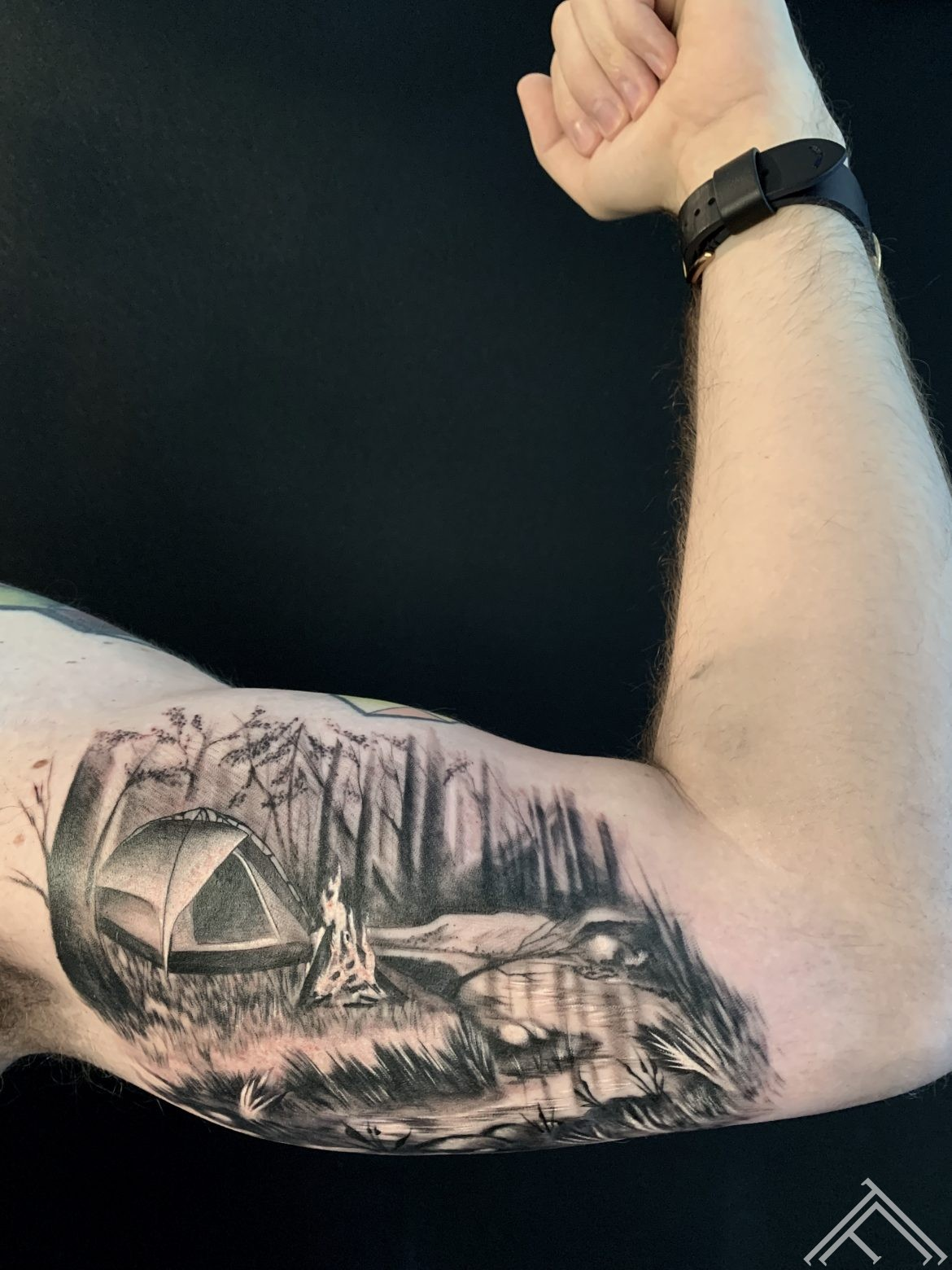 tent-travel-nature-forest-wild-dmitryrazin-tattoo-tattoofrequency